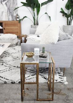 Love this boho/scandi space! Lots of greenery, texture and metals create a beautiful space, no matter what style!