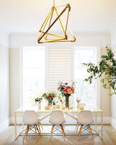 Dining room decor ideas |Modern & chic|www.bocadolobo.com #diningroomdecorideas #moderndiningrooms