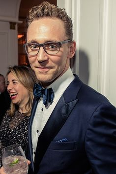 Tom Hiddleston attends the 102nd White House Correspondents' Association Dinner on April 30, 2016 in Washington, DC. Full size image: http://ww2.sinaimg.cn/large/6e14d388gw1f3fv1fnp88j21400w00zk.jpg Source: http://www.vanityfair.com/news/photos/2016/05/photos-from-the-2016-vanity-fairbloomberg-white-house-correspondents-party#12 Via Torrilla, Weibo