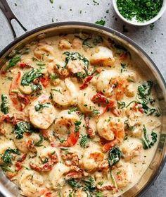 Un Spaghetti À La Toscane ! Avec Crevettes Et Servi Dans Une Sauce L'Ail Crémeuse… Un Vrai Délice ! »