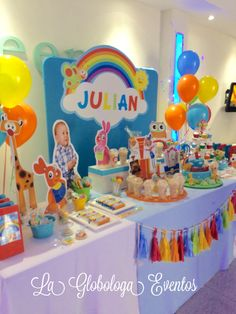 Baby Tv para Julian! Candy Bar Baby Birthday, Birthday Cake, Birthday Parties, Baby Tv Cumpleaños, Diy Party Supplies, Fancy Nancy, First Birthdays, Baby Shower, Candy