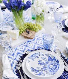 Tablescape - white & blue