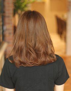 Honey Brown Hair, Brown Blonde Hair, Light Brown Hair, Hair Color Streaks, Hair Color Dark, Brown Hair Colors, Medium Hair Styles, Curly Hair Styles, Hair Color Pictures