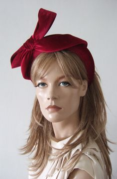 A Hand Made Embellished 4cm Thick Wide Padded Headband, in Beautiful Berry Red Velvet with hand embellished stiffened bow draped over the right. Simply divine velvet in colour perfect for a Winter Wedding Guest, or Maid of Honor - Also a great Fashionista fashion accessory for Zoom Calls. Red velvet headband for a winter Wedding Guest. Fashion for a Winter Wedding Guest. Velvet Padded Headband. Fascinator for Winter Wedding. What to wear for a Winter Wedding. What to wear for an Autumn… Wedding Fascinators, Wedding Headband, Winter Wedding Guests, Autumn Wedding, Bridesmaid Headband, Flapper Headband, Cocktail Hat, 1920s Art Deco, Big Bows