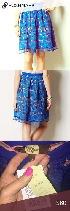 Anthropologie Eva Franco Circle Skirt NWT Super stylish and perfect for a night out, dat wear or work wear! Anthropologie Skirts Midi