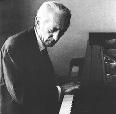 Stefan Askenase was born in Lemberg. At the age of five he began playing the piano with his mother, a pianist and pupil of Karol Mikuli. He studied with Theodor Pollak, a professor and director of the Ludwik Marek School of Music in Lemberg, then with Emil von Sauer, a pupil of Liszt, at the Vienna Academy of Music. In 1919 he made his debut in Vienna, and subsequently toured throughout the world.