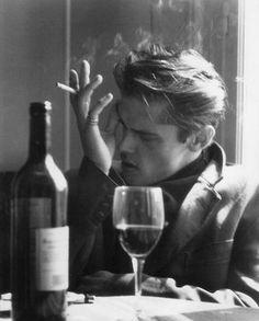 The Classy Issue Photo Profil Instagram, Feeds Instagram, Instagram Posts, Cigarette Men, Cigarette Aesthetic, Poses For Men, The Secret History, In Vino Veritas, Man Photo