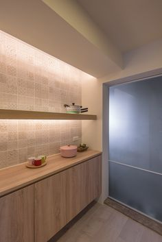 [室內設計,空間設計]19坪清新小屋 @ 台北民生東路 @ 裏心空間設計‧RSI+2 interior design :: 痞客邦 PIXNET :: Alcove, Townhouse, Pantry, Bathtub, Bathroom, Ideas, Pantry Room, Standing Bath, Washroom