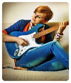 Andreea Balaban pentru TinaR toamnă 2012. MI-NU-NA-TĂ! Music Instruments, Model, Beautiful, Style, Fashion, Swag, Moda, Fashion Styles