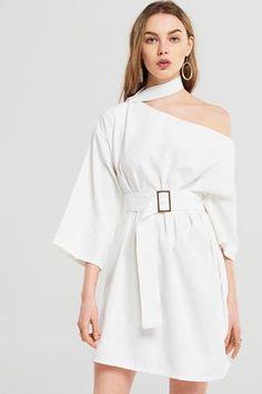 Korean Fashion – How to Dress up Korean Style – Designer Fashion Tips Current Fashion Trends, Korean Fashion Trends, Fashion 2017, Look Fashion, Womens Fashion, Fashion Design, Korea Fashion, Fashion Today, Ladies Fashion