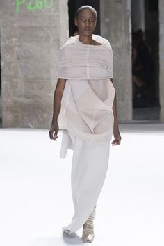 See the complete Rick Owens Spring 2017 Ready-to-Wear collection.