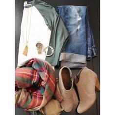 Another Fall fashion idea on my blog today: The Baseball Tee! (my fave wardrobe staple) ⚾ #fallfashion #baseballtee #zarascarf