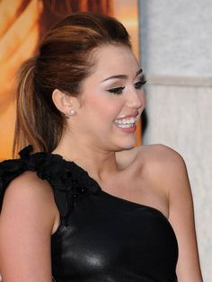 The Last Song Movie, Miley Cyrus, Songs, Movies, Films, Cinema, Movie, Film, Song Books