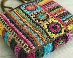 Crochet Quilt, Crochet Stitches, Knit Crochet, Crochet Handbags, Crochet Purses, Crochet Crafts, Crochet Projects, Granny Square Bag, Crochet Square Patterns