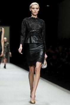 Shiatzy Chen Fall Winter Ready To Wear 2013 Paris