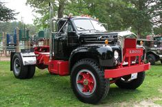 Just gotta love a sweet old Mack...i could do a whole board with just Mack trucks.       1955 Mack Truck Model B-71 #heavyhauling