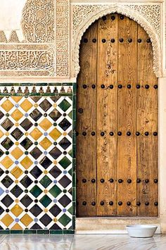 Moorish Door in Granada, Spain. http://www.costatropicalevents.com/en/costa-tropical-events/andalusia/cities/granada.html