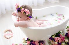 A growing trend among families for both pregnant and newborn photo shoots is the milk bath trial. + Uma tendência que vem crescendo entre as famílias, tant Milk Bath Photography, Newborn Baby Photography, Newborn Photos, Baby Milk Bath, Milk Bath Photos, Baby Girl Pictures, Foto Baby, Baby Portraits, Future Baby