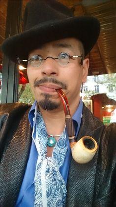 Rémy Gastambide/ Nguyên Bac Ai. Artist Painter, & Musician. 2016.