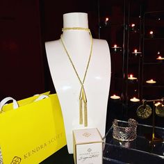 "@kendrascott and @chateau_elan partnered for a fabulous ""Galentine's Day"" event. Ladies attending the event were treated with wine and hours-d'oeuvres and a peek at the new and amazing @kendrascott spring jewelry selection. #chateauelan #karenscott  #Regram via @www.instagram.com/p/BtsT4b2h9N0/"