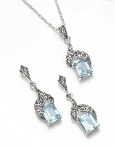 Regal Three Dimensional Sterling Silver Marcasite & Blue Topaz Pendant & Earring Set (£125)