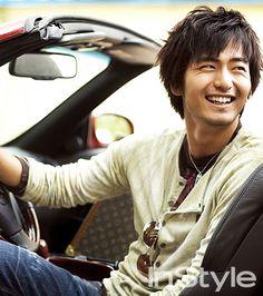 Lee Jin Wook ★