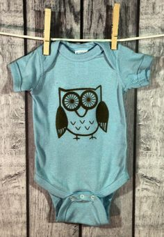 Little Owl Baby Bodysuit / Gender Neutral Baby clothes and shoes / #owl #graphic #onesie