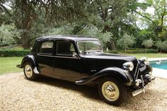 Citroën Traction Avant /* these Citroens were actually Nazi-designed for their officers and top-rank Collaborators though weren't they? */