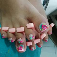Hello Nails, Toe Nail Designs, Glitter Nail Art, Manicure And Pedicure, Toe Nails, Lily, Pretty Toes, Floral, Manicure Tips