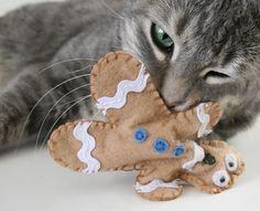 Dream a Little Bigger Craft & DIY Blog - - - Distressed Gingerbread Man Cat Toys