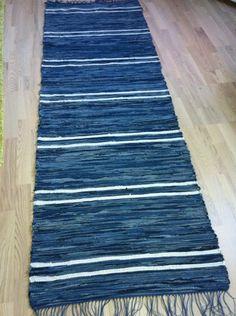 Floor Cloth, Rag Rugs, Recycle Jeans, Tear, Rug Making, Scandinavian Style, Handmade Rugs, Pattern Design, Stitching