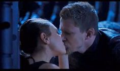 Mila Kunis and Channing Tatum share a passionate kiss in new Jupiter Ascending trailer