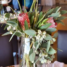 A closer look at our centrepieces. #secretblossom #melbourne #melbournestyle #melbournelife #floralstyling #eventdesign #weddingstyling #melbourneflorist #melbournebride #melbournewedding #melbournecity #cityofmelbourne #weddingflowers #weddingideas #weddinginspo #flowerstagram #winerywedding #vueonhalcyon #yarravalley #winery
