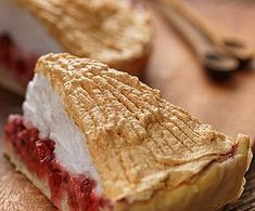 Marcipános aszalt szilvás stollen Bacon, Sandwiches, Dairy, Bread, Cheese, Food, Brot, Essen, Baking