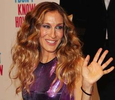 Sarah Jessica Parker | 59 Famous People Who Are Left-Handed