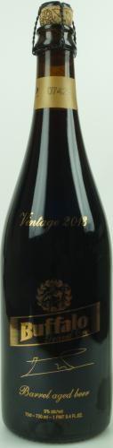 IRS uit Belgie, uit 2013, gelagerd op oude wijnvaten (Pauillac)... die wil je wel in je glas hebben zitten. Smaken van donkere chocolade, koffie, wijn , vanille en een lichte rooksmaak.