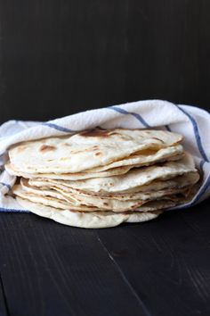 How to Make Easy Homemade Flour Tortillas + a Video! These tortillas are super soft and flavorful, so much better than store-bought! From @handleheat
