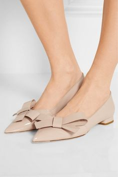 5cb62dc1f556 Miu Miu - Bow-embellished patent-leather point-toe flats