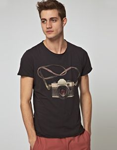 Dont care if its a guys shirt..it pretty great..=]   Jack & Jones Intelligence Travel Camera T-Shirt