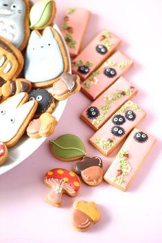 My neighbor Totoro icing cookies. となりのトトロのアイシングクッキー♡