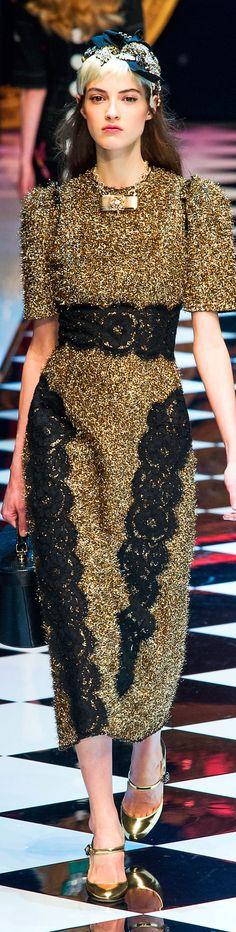 6380e7848 Dolce and Gabbana fall 2016 RTW Beleza, Vestido Dourado, Vestidos De Alta  Costura,