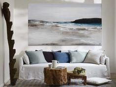 Ir a producto Tapestry, Throw Pillows, Outlet, The Originals, Bed, Home Decor, Ideas, Canvases, Paintings