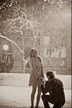 I want to be proposed to in the snow!!!