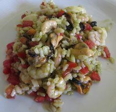 insalata-di-riso-con-pomodoro-basilico-e-frutti-di-mare/