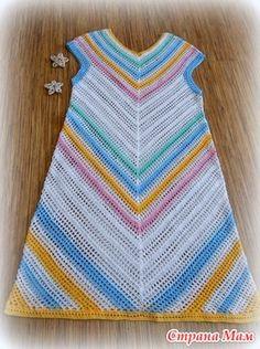 """. Яркое платье """"ЦВЕТНАЯ ДИАГОНАЛЬ"""". - Все в ажуре... (вязание крючком) - Страна Мам Crochet Tunic, Crochet Clothes, Crochet Top, Crochet Dresses, Pineapple Design, Pullover, Dress Skirt, Knitting, Pattern"""