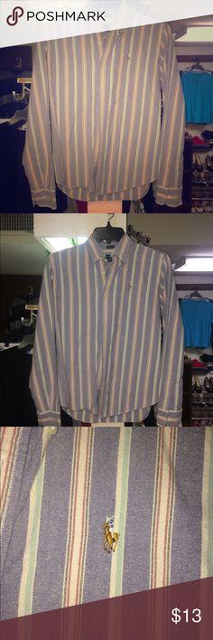 Ralph Lauren Button Up Shirt Like new Ralph Lauren Tops Button Down Shirts