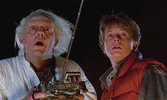 """La historia de fondo real sobre cómo Marty y Doc se hicieron amigos. Cuando Marty tenía 13 o 14 años, se metió en el laboratorio de Doc, y cuando lo encontró, le ofreció un trabajo de medio horario.  """"Él Doc quedó encantado en descubrir que Marty pensaba que el era genial y que lo aceptaba por lo que era. Ambos eran las ovejas negras en sus respectivos ambientes. Doc le dio a Marty un trabajo de medio horario para que lo ayudara con sus experimentos, con el laboratorio, el perro""""."""