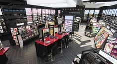 "Sephora rolls out ""New Sephora Experience"" connected store concept - LVMH Makeup Boutique, Boutique Decor, Boutique Design, Cosmetic Display, Cosmetic Shop, Centre Commercial Nantes, Atlantis, Sephora Makeover, Store Concept"