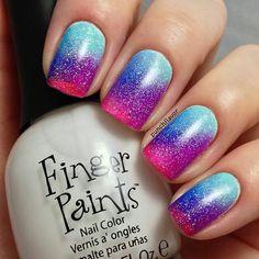 Pink purple and blue summer nailart #nailart #nails #summer #blue #glitter #pink #purple
