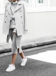 minimal chic || @sommerswim